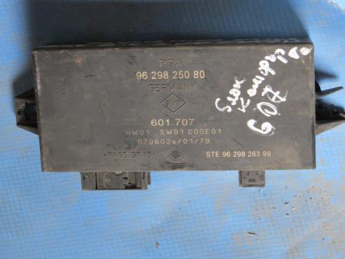 Блок управления  парктроником Peugeot 607
