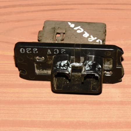 Резистор отопителя Toyota Camry V20 1996-2001