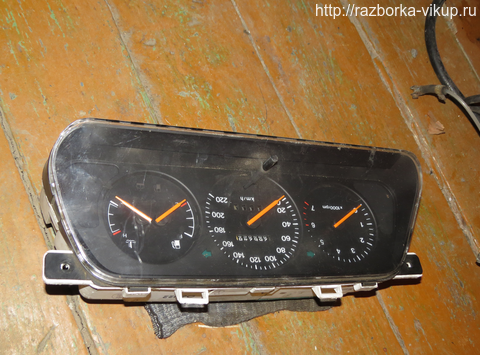 Панель приборов Daewoo Espero 1991-1999