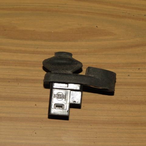 Выключатель концевой Nissan Note (E11)