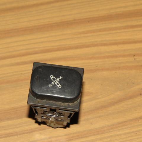 Кнопка режимов подвески Peugeot 607